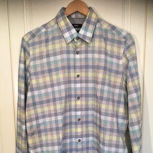 Hugo Boss reg fit men's cotton plaid shirt medium